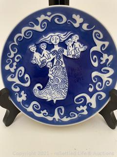 Royal Copenhagen Mother's Day Plate
