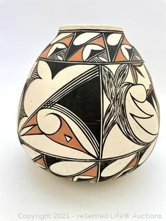 Irene Tigua Pottery