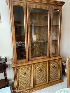 Basset Furniture China Cabinet