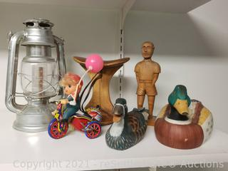 Vintage Wind-up Toy & Collectibles