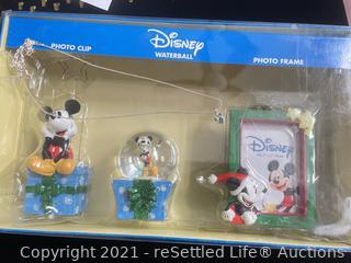 Vintage Disney Gift Set and Necklace