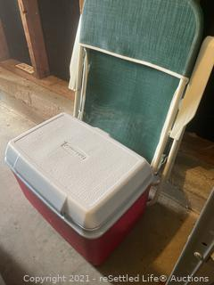 Rubbermaid Cooler and Lawn Chair