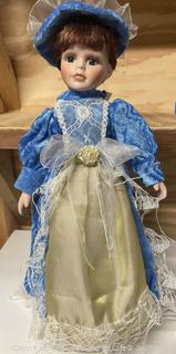 """15"""" Collectible Doll"""