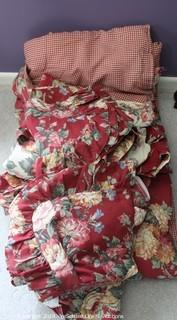 Waverly Queen Reversible Comfortor and Accessories
