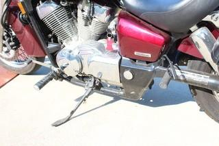 2004 Honda Shadow Aero VT 750 Motorcycle With Helmet and Cover