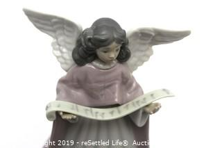Lladro #5831 Angel with Music Scroll