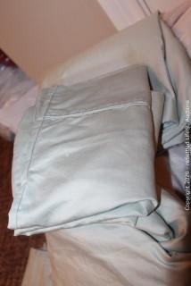 Simply Vera Queen Sheet Set and Sunbeam Heating Blanket