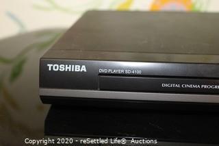 Toshiba DVD Player and Stand